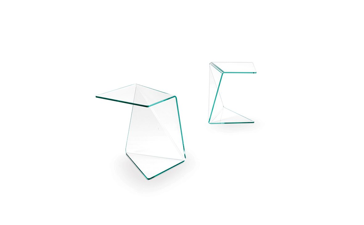 2013, dreieck, dreieck germany, beistelltisch, assito, adaptability, echtglas, echtglas tisch, möbel, sidetable, real glass, real glass table, complex shape, polygon, polygone, produkt, product, markus bischof produktdesign